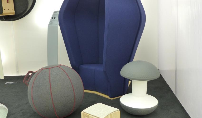 Exposition de sièges office-confort salon Maison et objet
