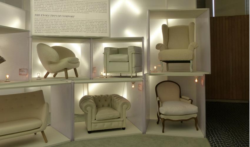 l 39 volution du si ge au salon maison et objet septembre. Black Bedroom Furniture Sets. Home Design Ideas